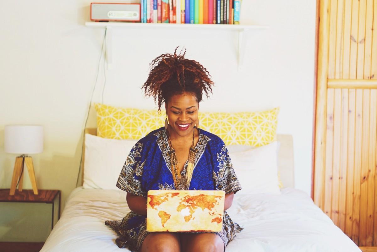 Gloria Atanmo – The Blog Abroad
